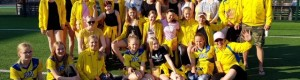 2005-2006 harjoitusryhmä lähes täysimääräisenä PowerCupissa Rovaniemellä 2019.